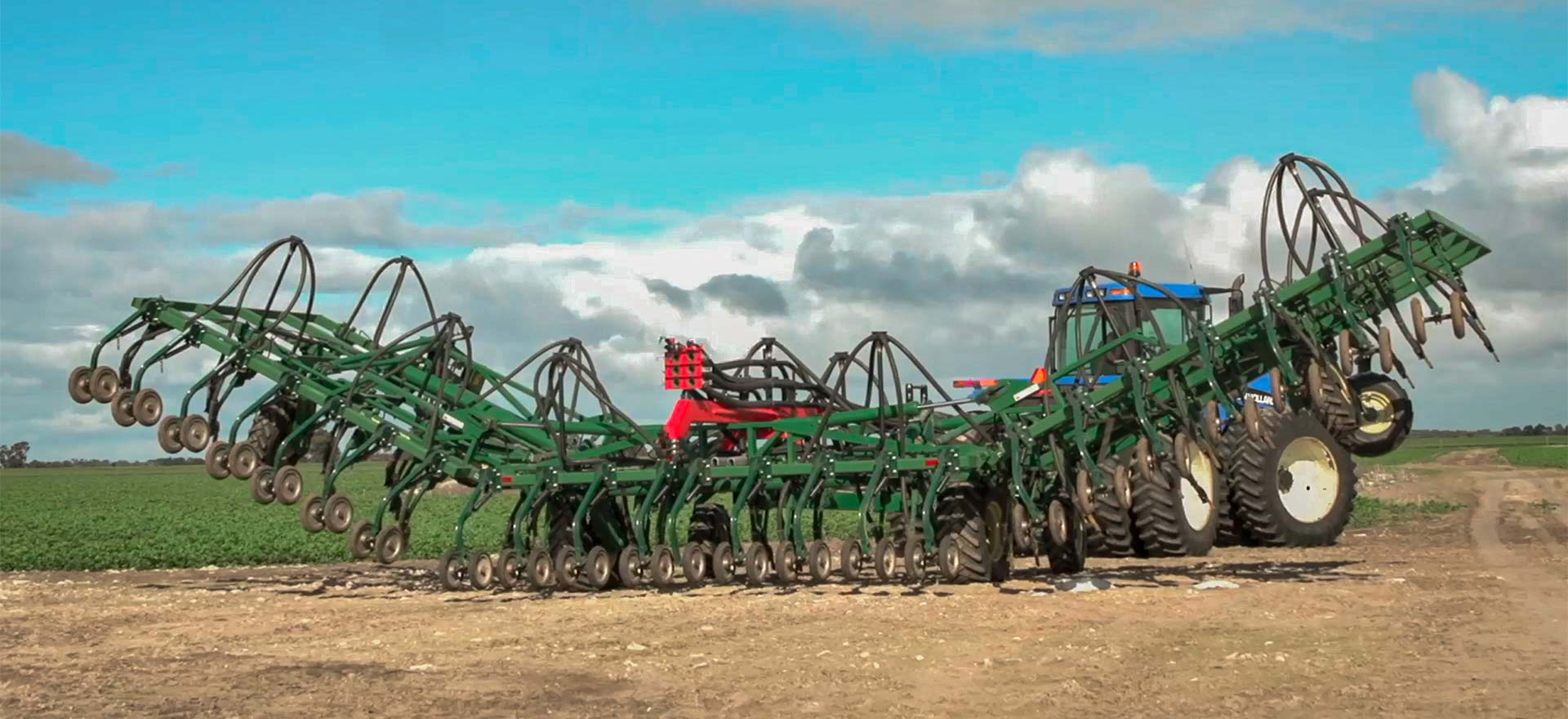 Shearer Mk 3 Seeder Bar unfolding