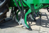 Airmatic Direct Drill 630 tynes with dual shoot seeding boots